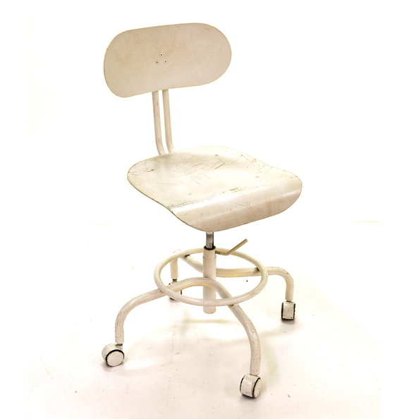 Stool, Exam- DR, PERIOD, Rolling, W/ Back