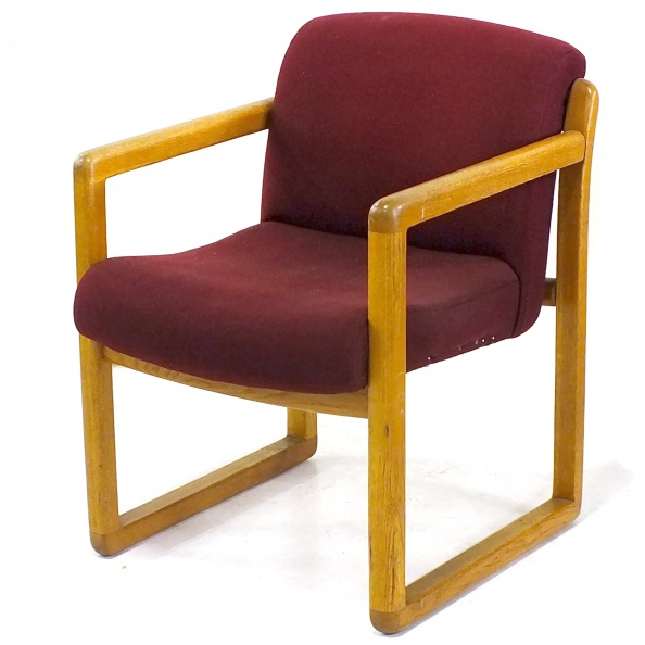 Chair, Visitor- Oak Frame- Mauve Fabric- Arms