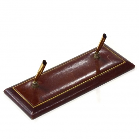 Pen Base, Double- Leather